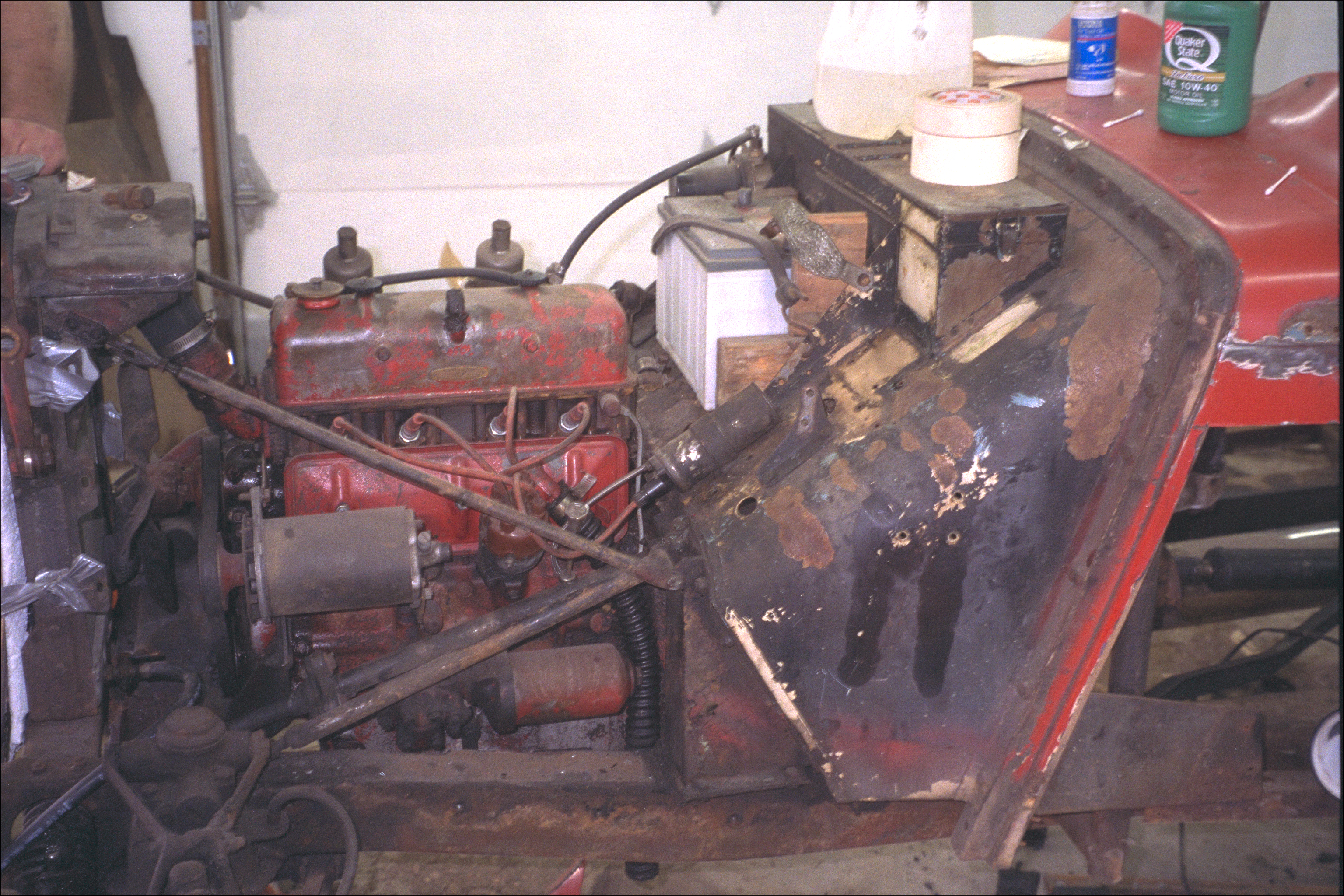 Engine stripped, viewed from left