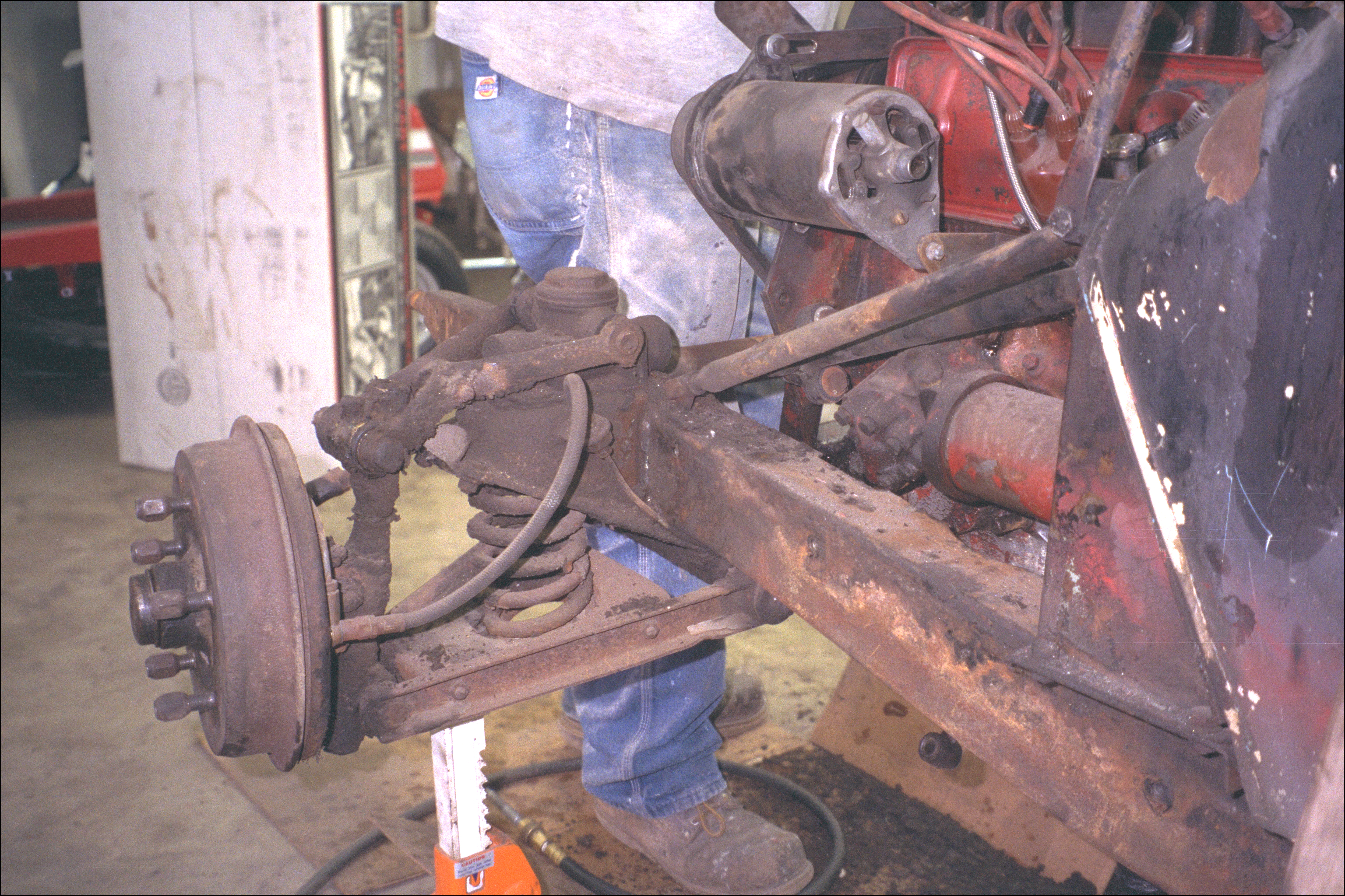 Front left suspension and wheel
