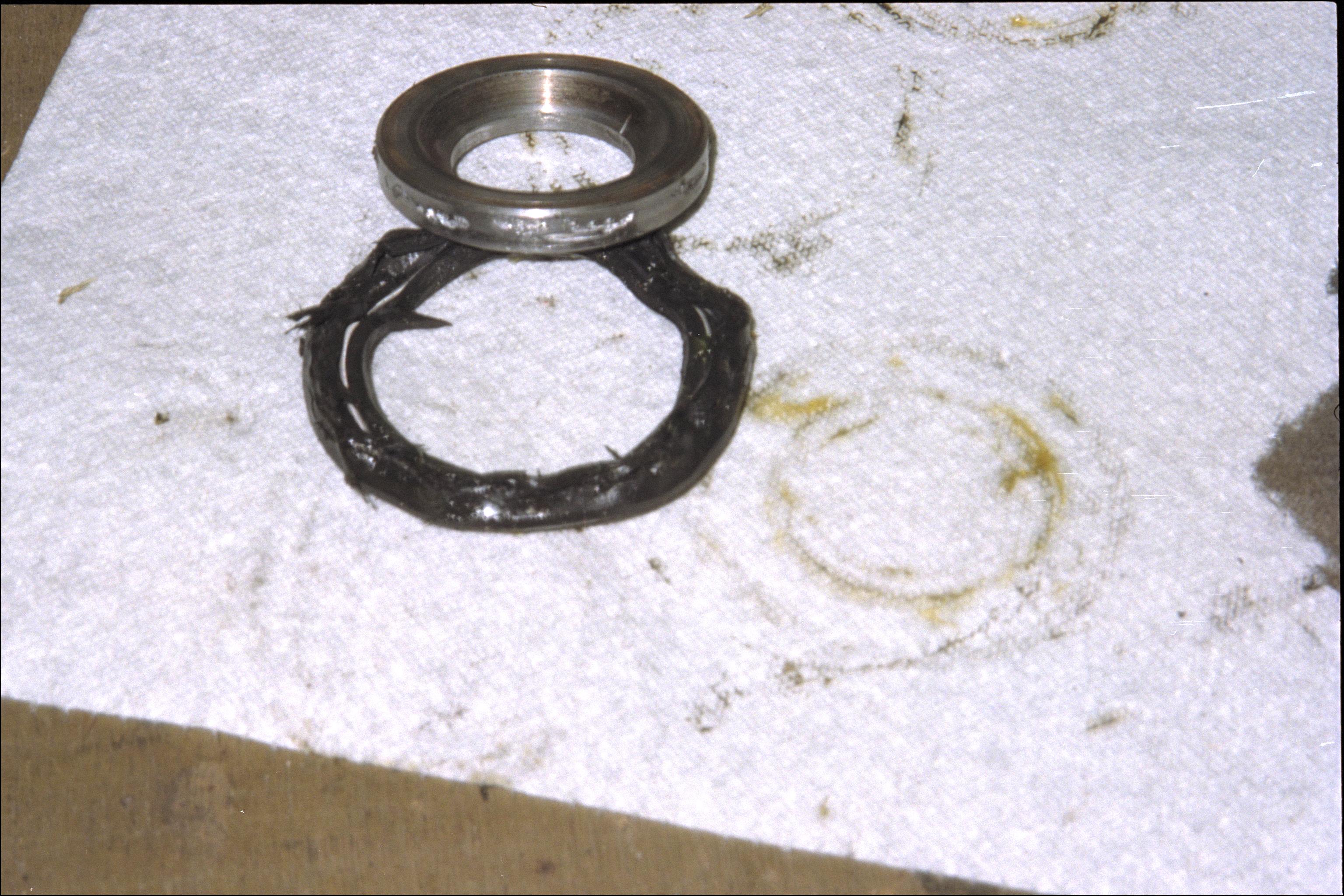 Damaged hub parts