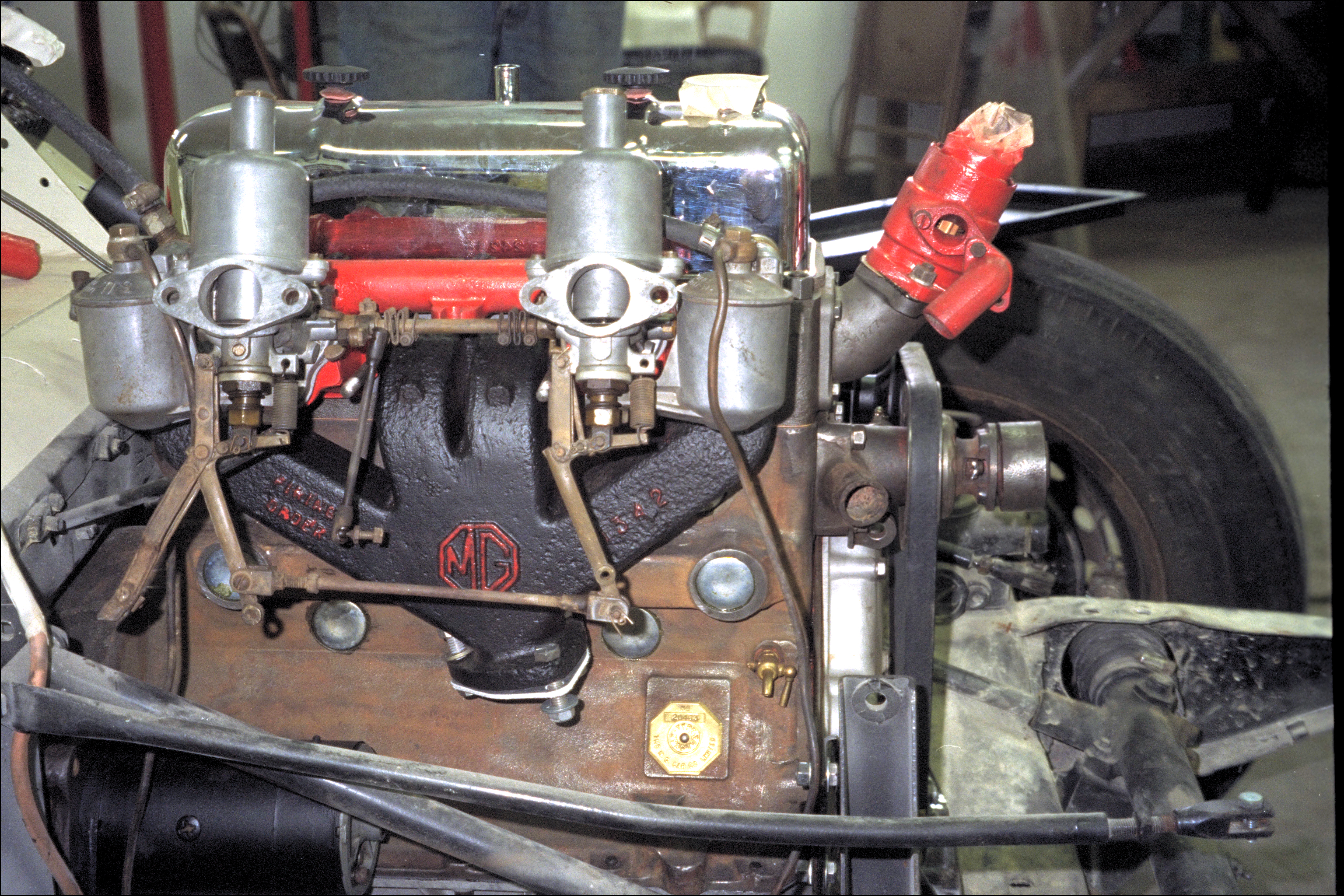 Manifold and carbs mounted on block