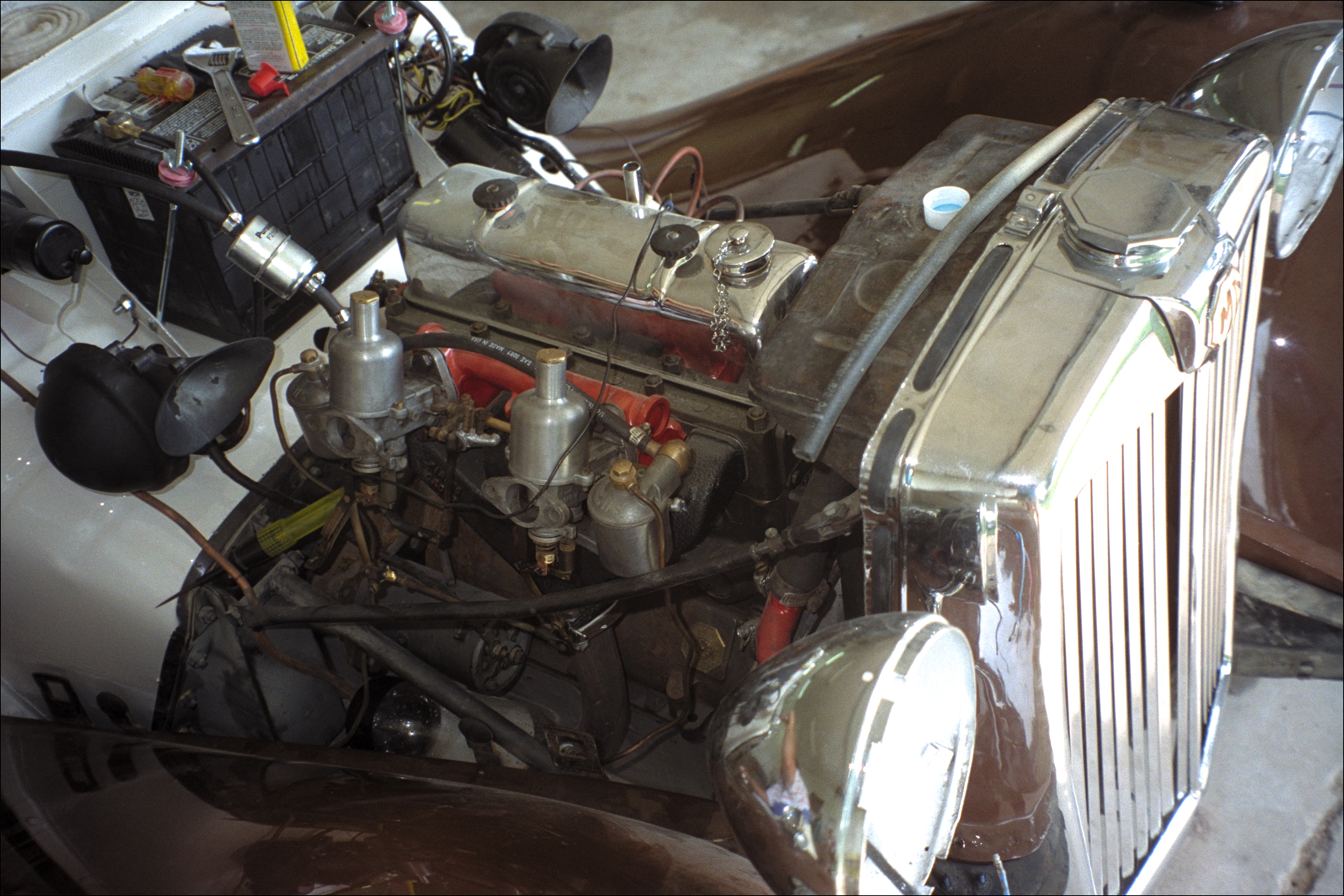 Engine ready, with new battery installed