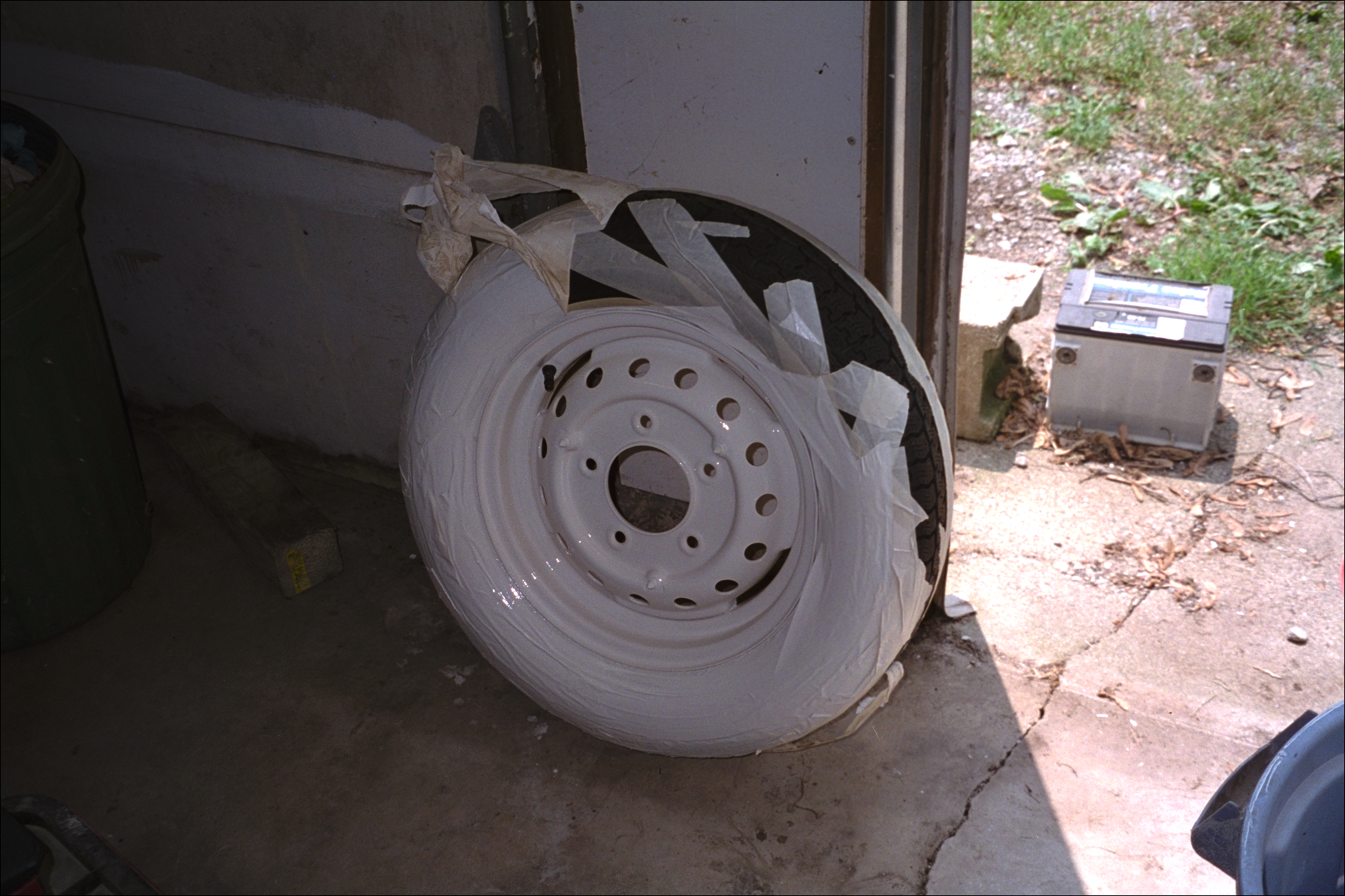 Removing masking from tires after drying